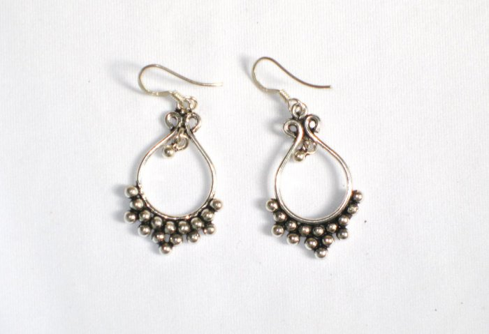 AQ079    Earrings in Sterling Silver