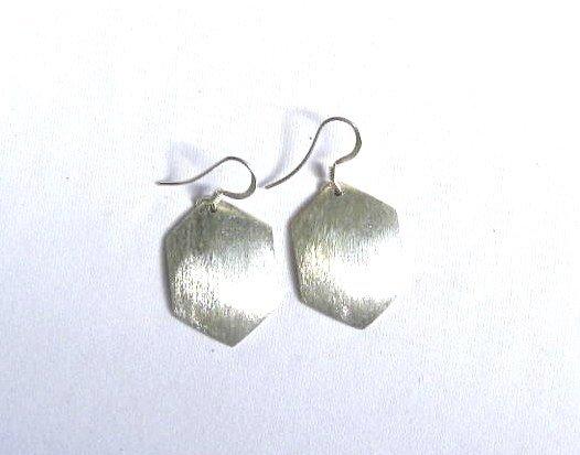 AQ081    Earrrings in Sterling Silver