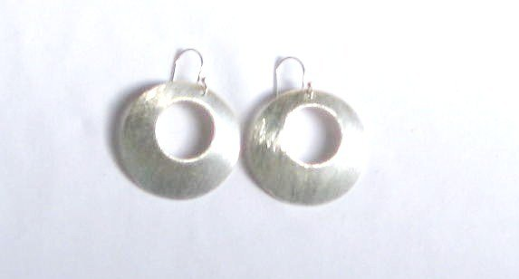AQ082    Earrrings in Sterling Silver