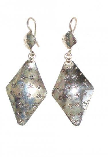 AQ094    Earrrings in Sterling Silver