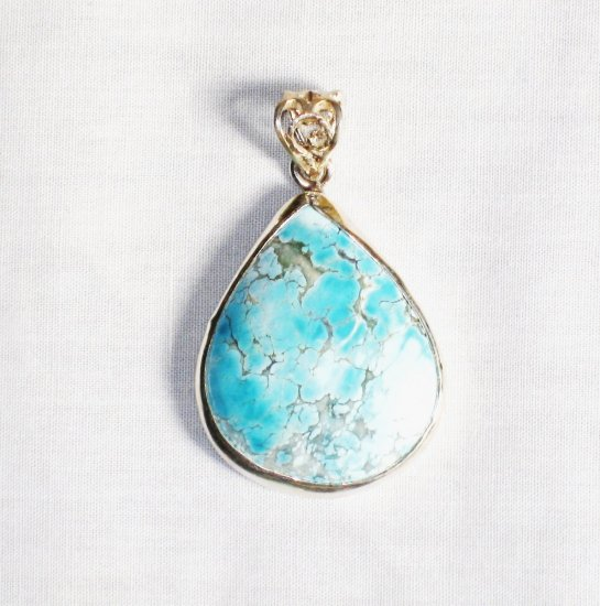 PN270  Turquoise Pendant in Sterling silver