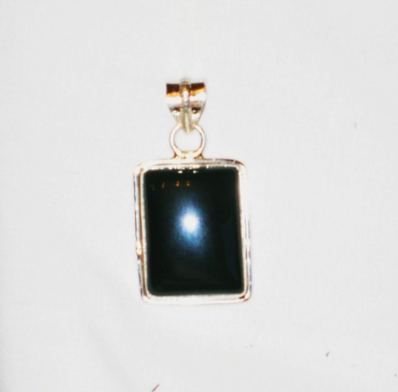 PN112 Onyx Pendant in Sterling Silver