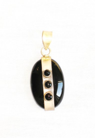 PN339 Onyx Pendant in Sterling Silver