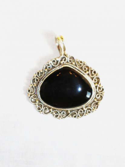 PN362 Onyx Pendant in Sterling Silver