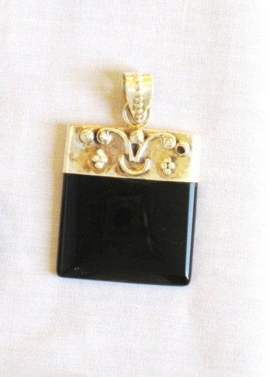 PN374 Onyx Pendant in Sterling Silver