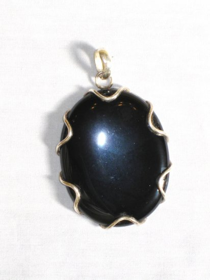 PN303 Onyx Pendant in Sterling Silver