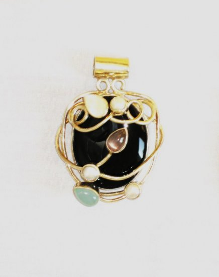 PN533 Onyx Pendant in Sterling Silver - SOLD