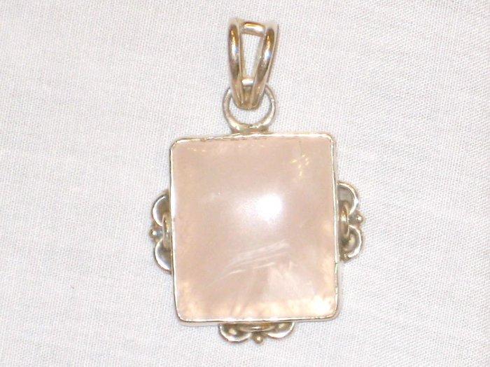 PN527 Rose Quartz Pendant in Sterling Silver