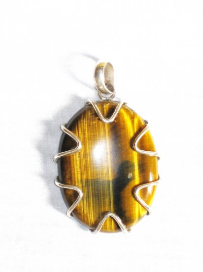 PN305 Tiger's Eye Pendant in Sterling Silver