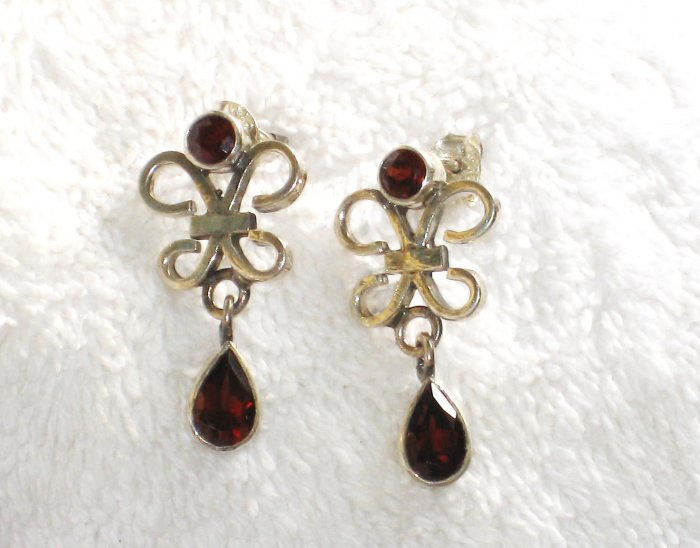 ER070 Garnet Earrings set in sterling silver - SOLD
