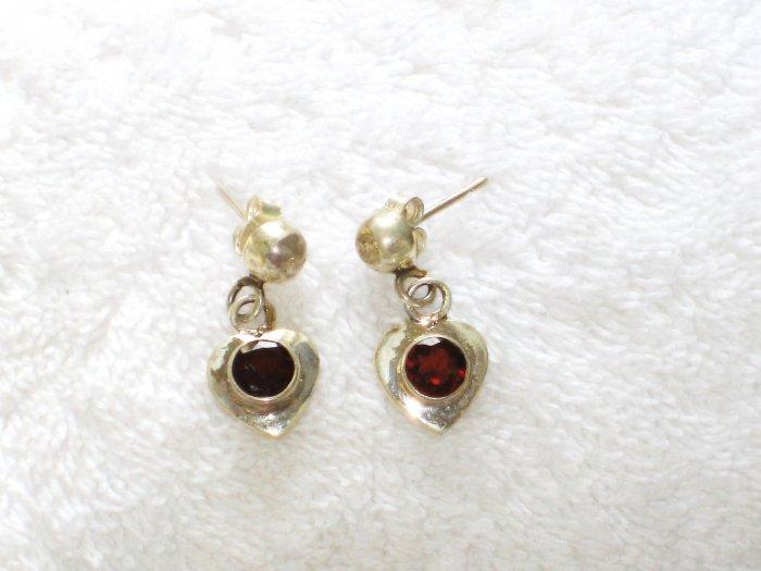 ER080 Garnet Earrings set in sterling silver