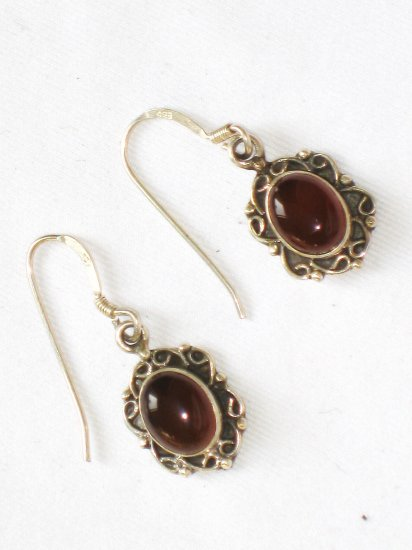 ER101 Garnet Earrings set in sterling silver