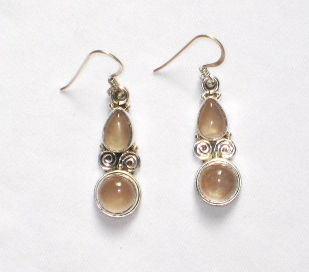 ER043 Rose Quartz Earrings set in sterling silver