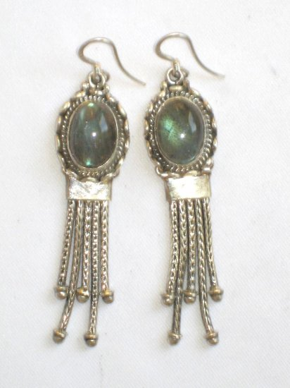 ER012 Labradorite Earrings set in sterling silver