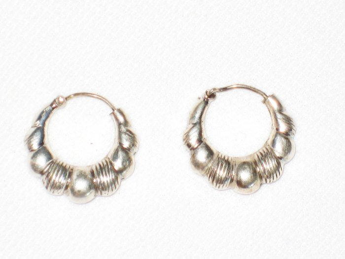 ST403 Oxidized Sterling Silver Earrings