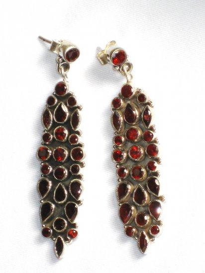 ER044 Mixed Cut Stones Garnet Earrings in Sterling Silver