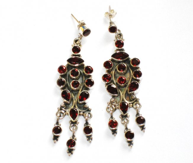 ER068 Cut Stone Garnet Earrings in Sterling Silver