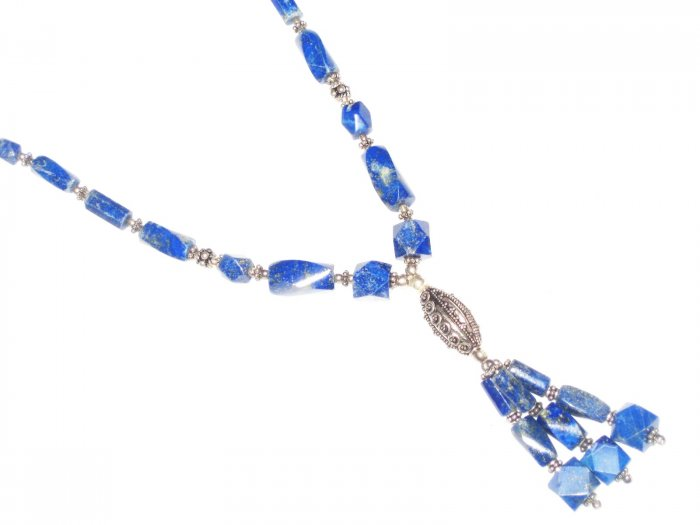 ST511       Lapis Lazuli Necklace in Sterling Silver