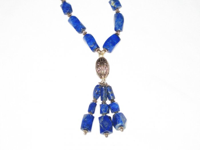 ST512       Lapis Lazuli Necklace in Sterling Silver