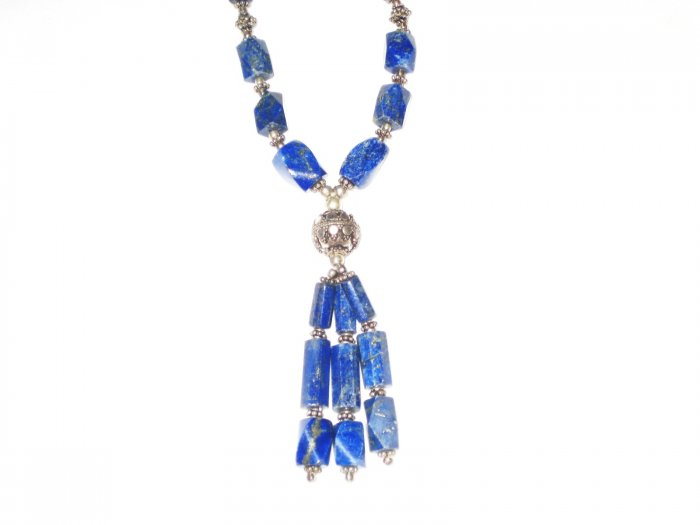 ST513       Lapis Lazuli Necklace in Sterling Silver