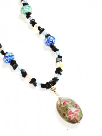 ST297      Murano Glass Necklace, Earrings and Bracelet  in Sterling Silver