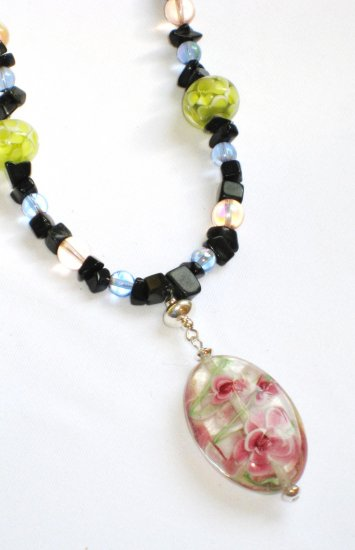 ST299     Murano Glass Necklace, Earrings and Bracelet  in Sterling Silver