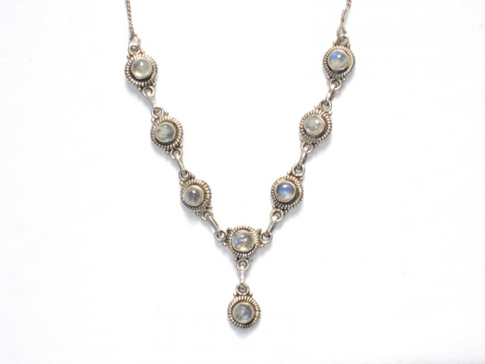 ST011       Moonstone Necklace in Sterling Silver