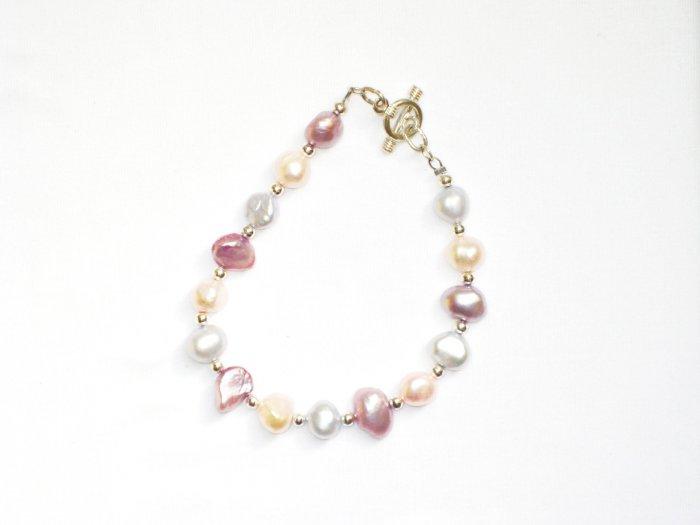 ST290  Pearl Bracelet in Sterling Silver