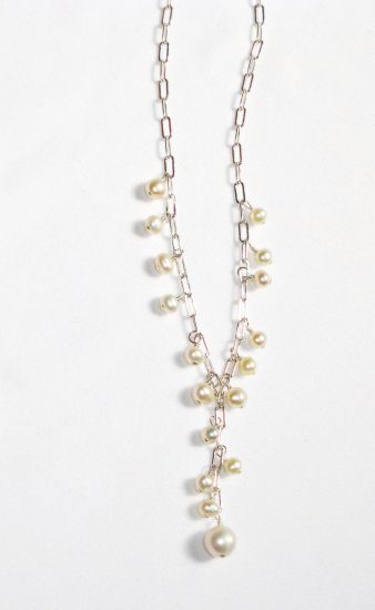 ST332  Pearl Necklace in Sterling Silver