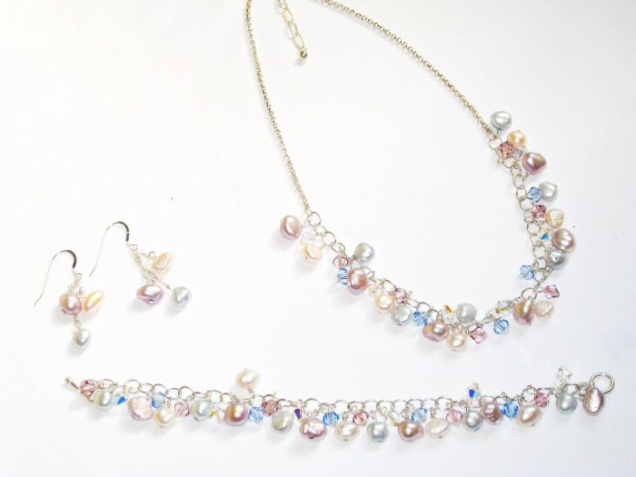ST291  Pearl Necklace, Bracelet  and Earrings Set in Sterling Silver