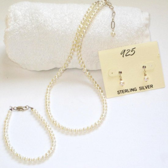 ST307  Pearl Necklace, Bracelet  and Earrings Set in Sterling Silver