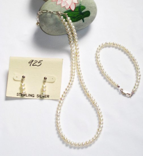 ST329  Pearl Necklace, Bracelet  and Earrings Set in Sterling Silver