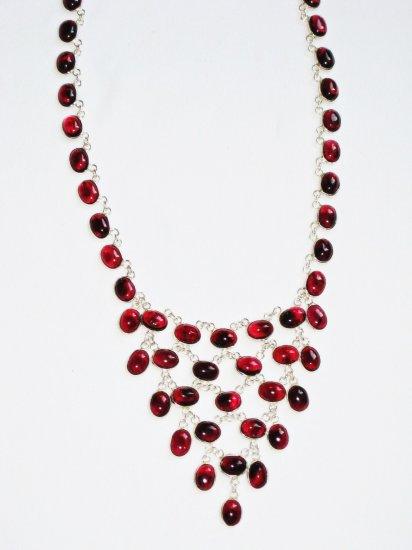 ST374 Garnet Necklace in Sterling Silver