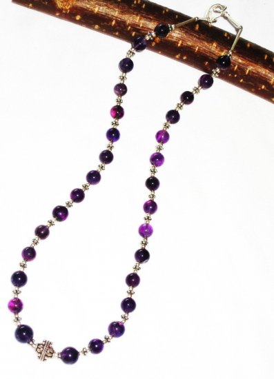 ST427      Amethyst Necklace  in Sterling Silver