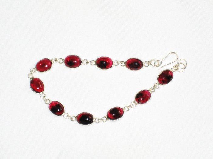 ST623 Garnet Bracelet in Sterling Silver