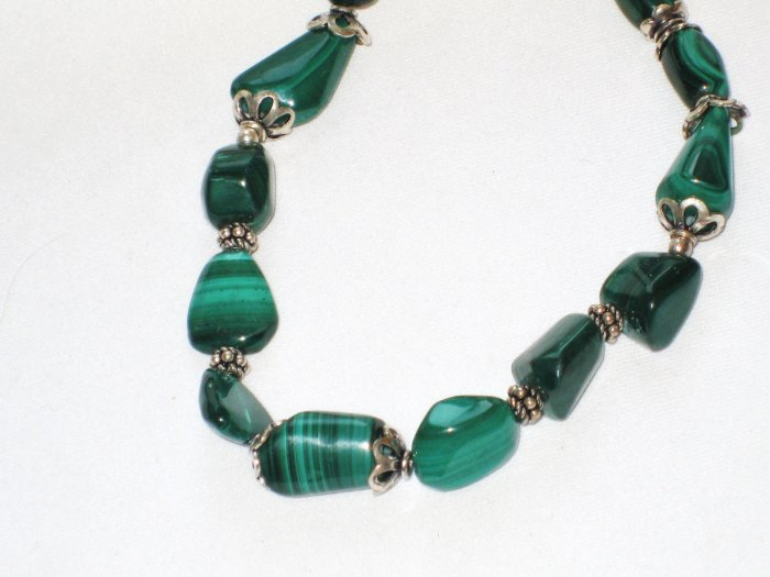 ST104 Malachite Necklace in Sterling Silver