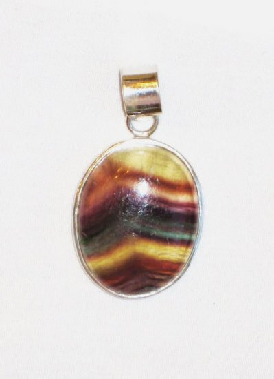 PN098 Agate Pendant in Sterling Silver