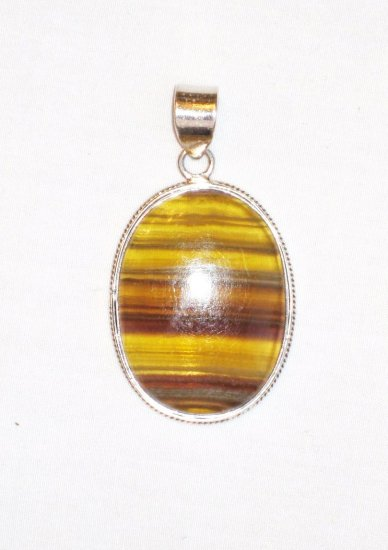 PN100 Agate Pendant in Sterling Silver