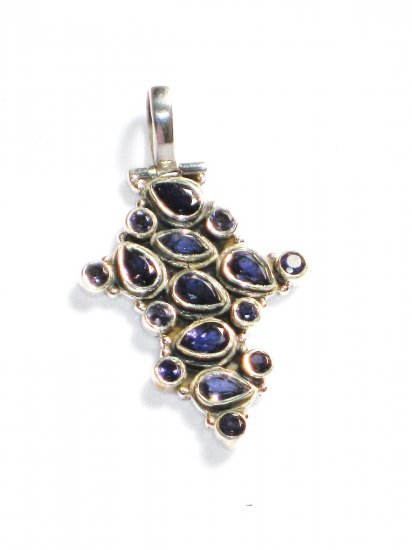 ST217       Blue Cuboc Zirconia Pendant in Sterling Silver