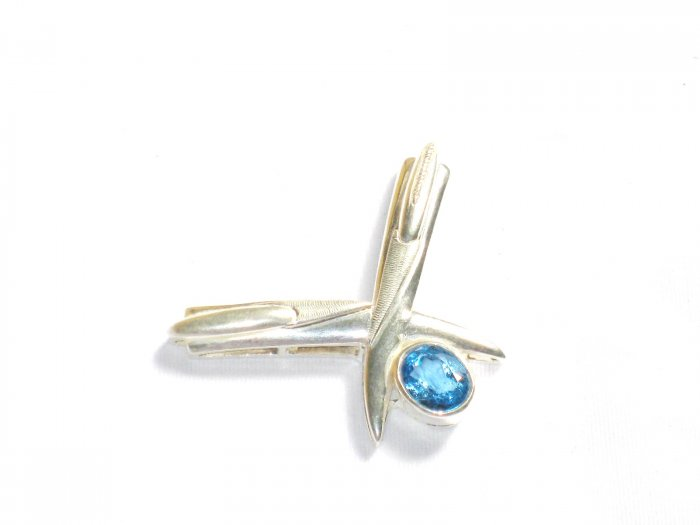 ST249 Blue Topaz Pendant in sterling silver