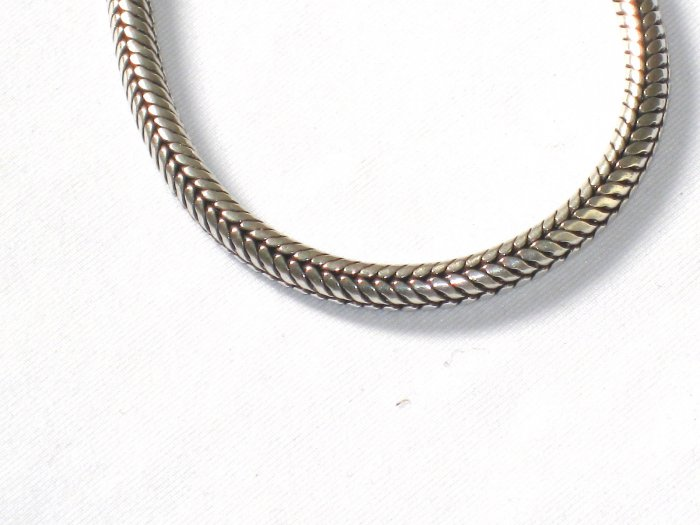 AQ140  16 Inch   Antique Silver Chain