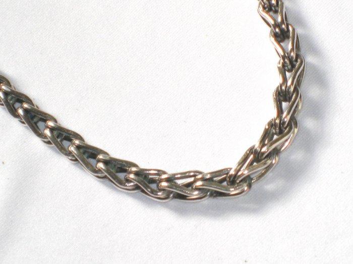 AQ143  18 inch   Antique Silver Chain