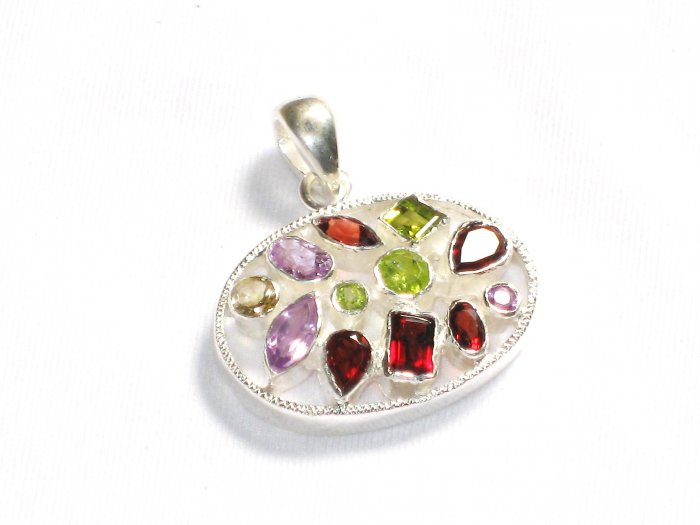 ST207       Mixed Stones Pendant in Sterling Silver