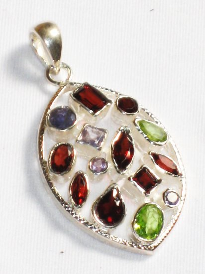 ST239       Cut Stone Mixed Stones Pendant in Sterling Silver