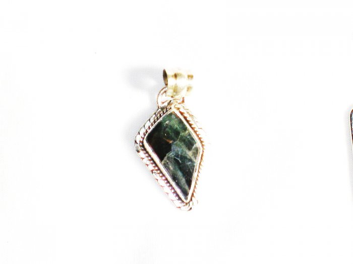 PN216       Moss Agate Pendant in Sterling Silver