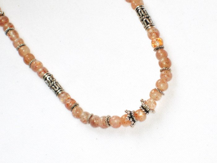 ST084       Pink Agate Necklace in Sterling Silver