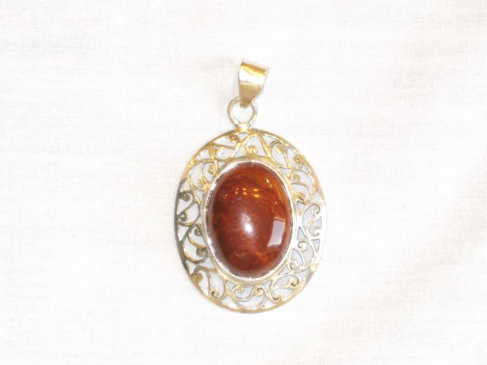 PN423       Red Jasper Pendant in Sterling Silver