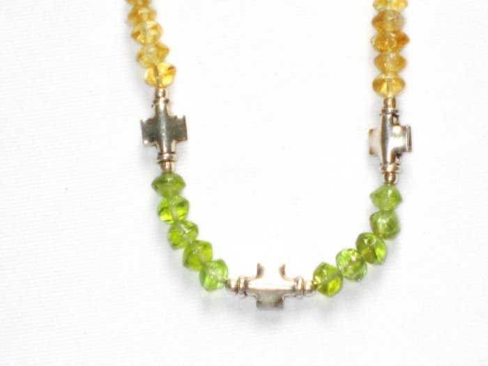 ST002       Peridot Necklace in Sterling Silver