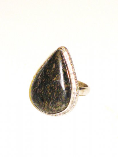 RG016 - Agate Ring in Sterling Silver - Size 7
