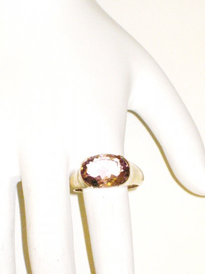 RG031       Amethyst Ring in Sterling Silver - Size 7.5